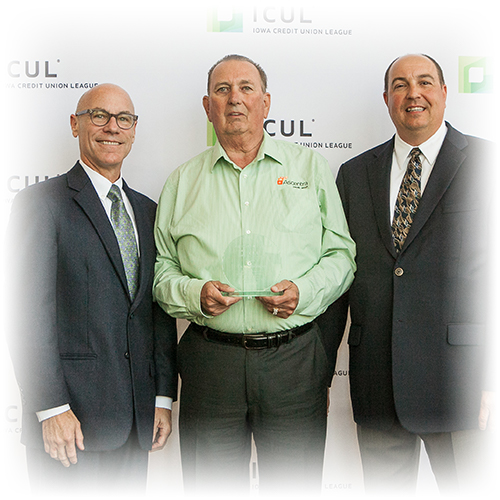 Larry Ridenour wins Volunteer Cooperative Spirit Award